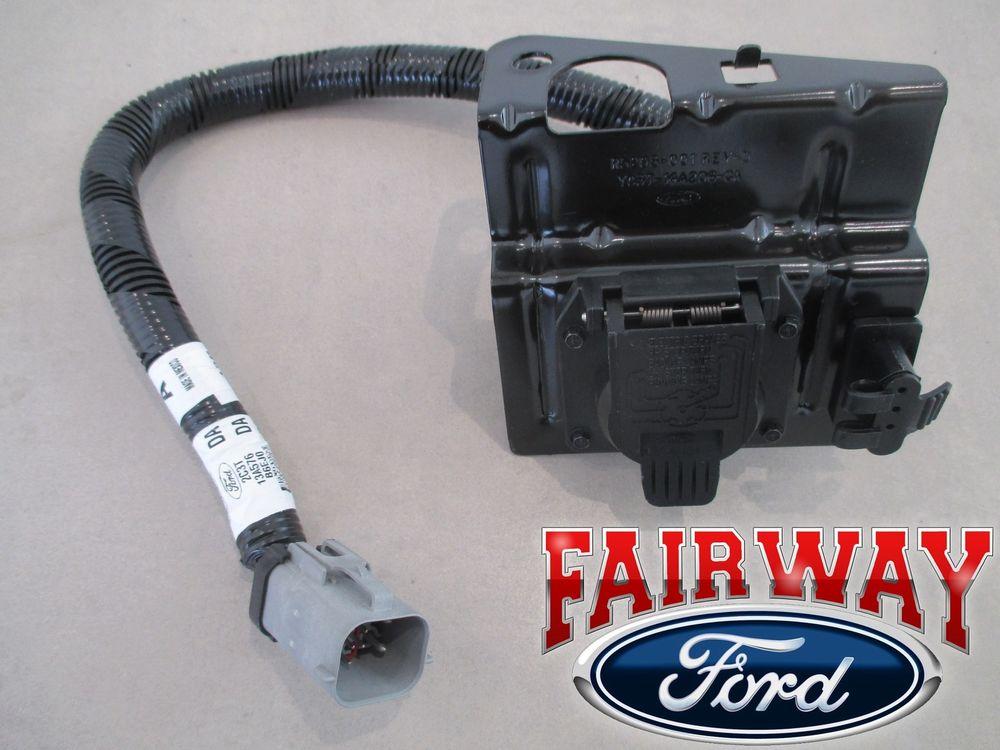 02 Thru 04 F 250 F 350 Super Duty Ford 4 7 Pin Trailer