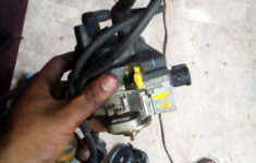 B14 Distributor Pin Out