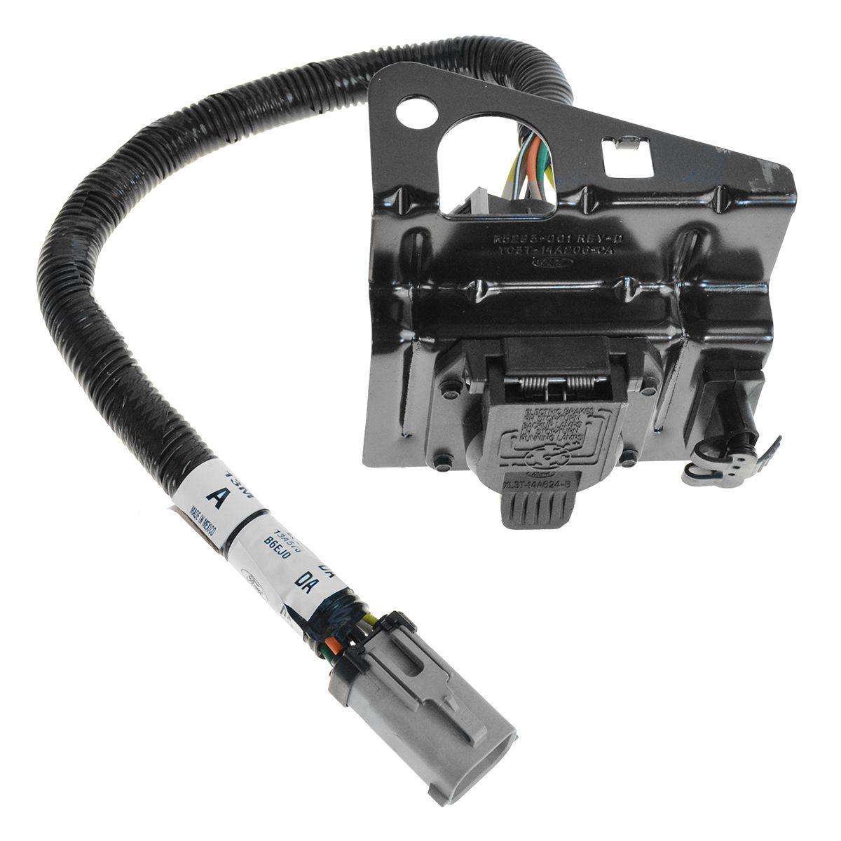 FORD 4 7 Pin Trailer Tow Wiring Harness W Plug Bracket